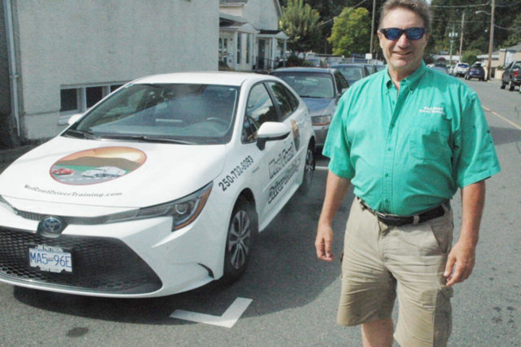 This photo of West Coast Driver Training owner Mark Anderson appeared in a Cowichan Valley Citizen article about our use of dash cameras during driving lessons (photo: Robert Barron - Cowichan Valley Citizen)